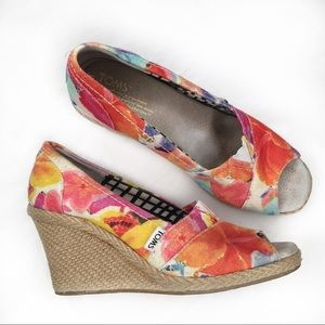TOMS Open Toe Floral Canvas Wedge Heels 7